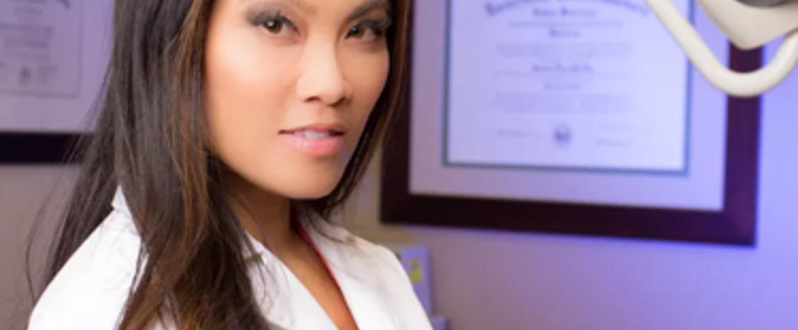 Dr  Pimple Popper gets her own TV show | beautydirectory